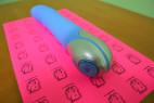 BlueZest - silikónový vibrátor, stredná veľkosť