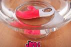 Fun Factory Miss Bi dual vibrátor ve vodě