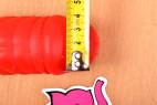 Silikonový vibrátor Big Muscle – měříme průměr žaludu