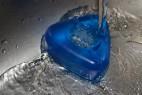 Erekčný krúžok Triangle Ring, pod tečúcou vodou - tmavo modrá