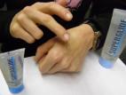 SUPERGLIDE lubrikačný gél Premium (100 ml) – na ruke