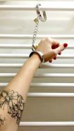 Kovová pouta Chained Love, se zámky a řetízkem