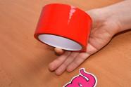 Bondážna páska Rouge - fotenie v ruke