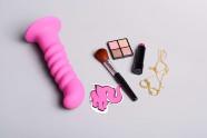 Silikónové dildo s prísavkou Hot Pink (18 cm)